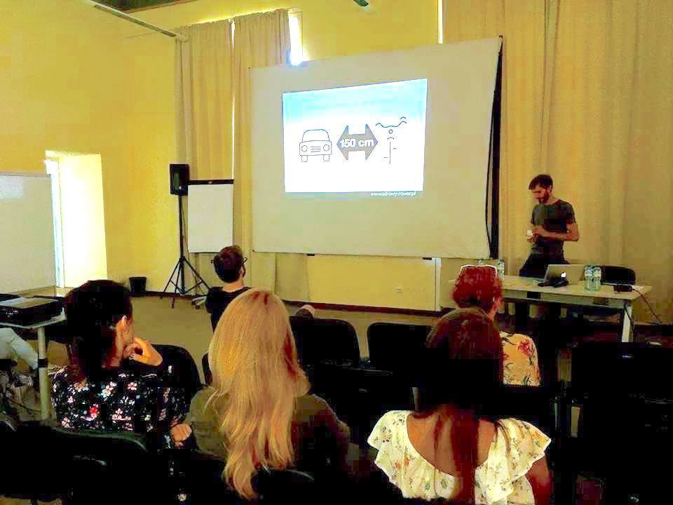 """W tym roku zostaliśmy zaproszeni przezeurobankdo Wrocławia, gdzie przeprowadziliśmy prelekcję i warsztat """"Bezpiecznie na rowerze"""""""